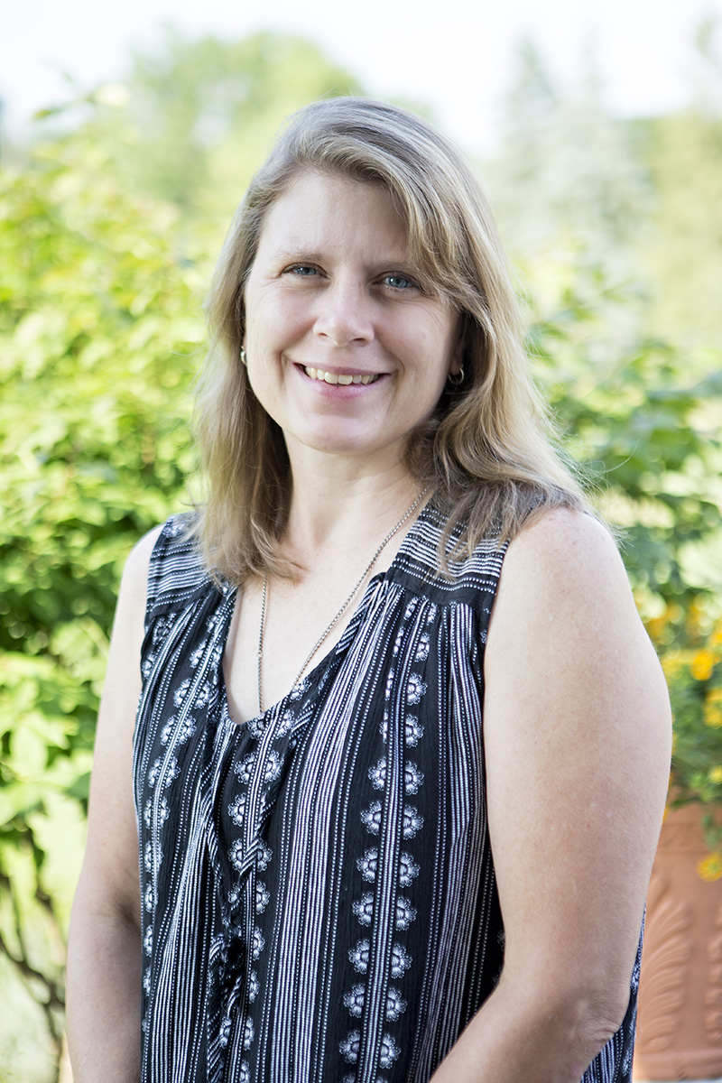 Lisa Anderson, Social Work Outreach Therapist